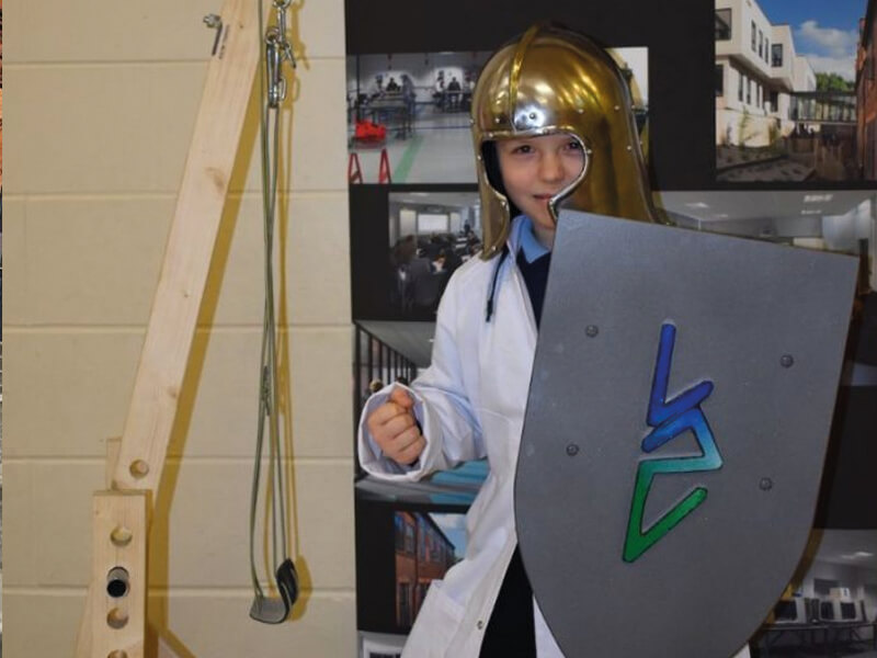 Dunholme Children Throw Themselves Into Medieval Lincoln UTC Challenge